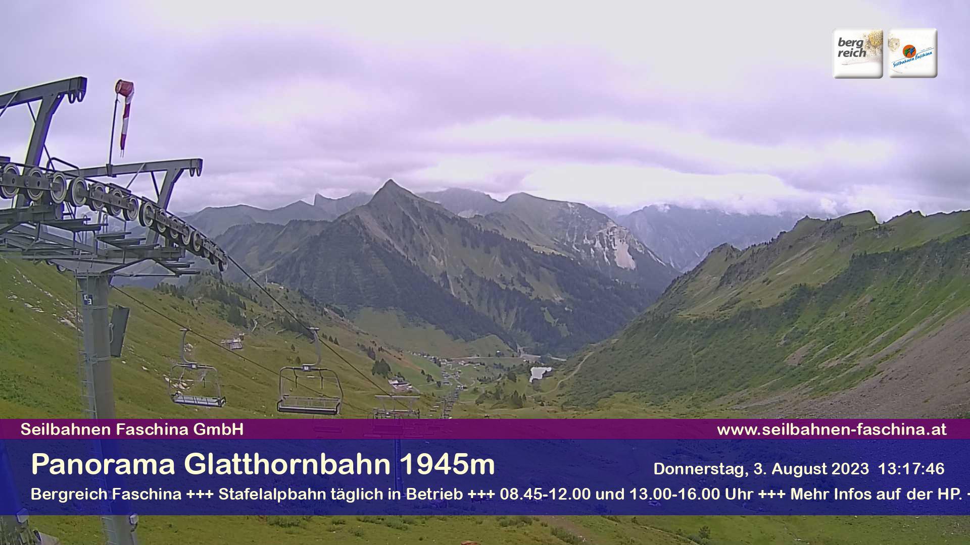 Faschina, Bergstation Glatthornbahn 1.945 m - Blick Richtung Osten